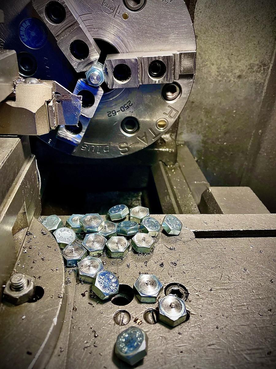 VIRPOTĀJS  hidraulisko cilindru un agregātu ražotnē